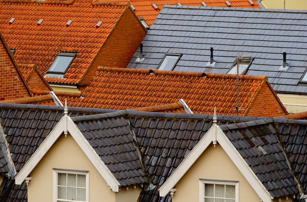 7 Home Roof Designs and Styles Worth Considering